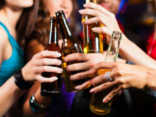 Beber en exceso acortaría la vida