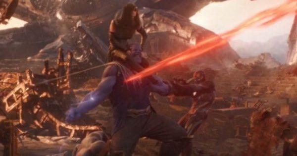 """Fan de """"Avengers: Infinity War"""" recrea pelea de Thanos en"""