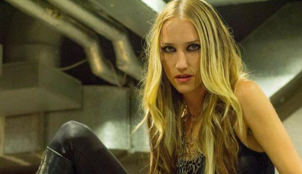 Fallece en aparente suicidio Jill Janus, vocalista de la banda Huntress