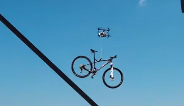LaDRÓN: Captan momento en que behículo no tripulado se robó bicicleta
