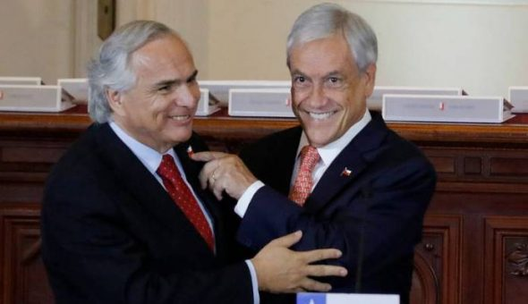 Aplausos para Paul McCartney y rechifla para Sebastián Piñera — Chile