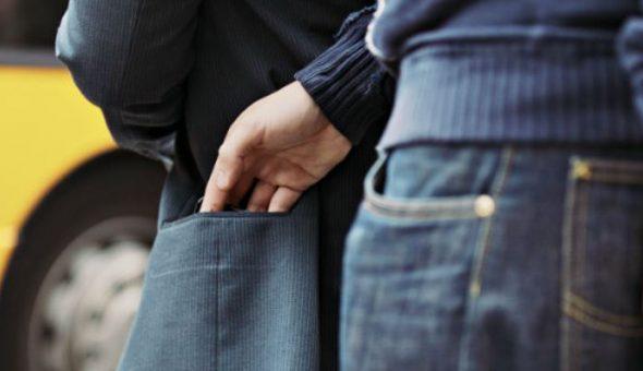 Víctima de atraco tuvo que indemnizar a ladrones