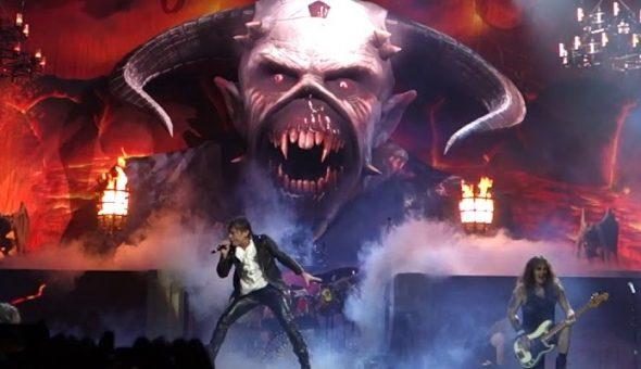 Iron Maiden en el escenario