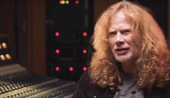 Mustaine harto de la política