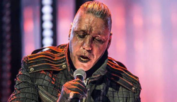 Till Lindemann (Rammstein) le parte la cara a un