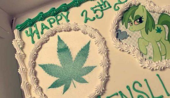 Pastelería confundió Moana con marihuana y el resultado es maravilloso
