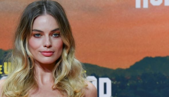 La criticada foto de Margot Robbie por exceso uso de Photoshop