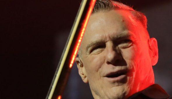 Se suspende show de Bryan Adams en Chile