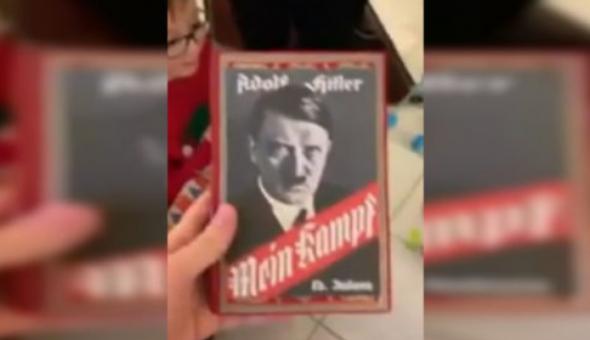 Pidió Minecraft por Navidad; abuelo le regaló 'Mein Kampf' de Hitler