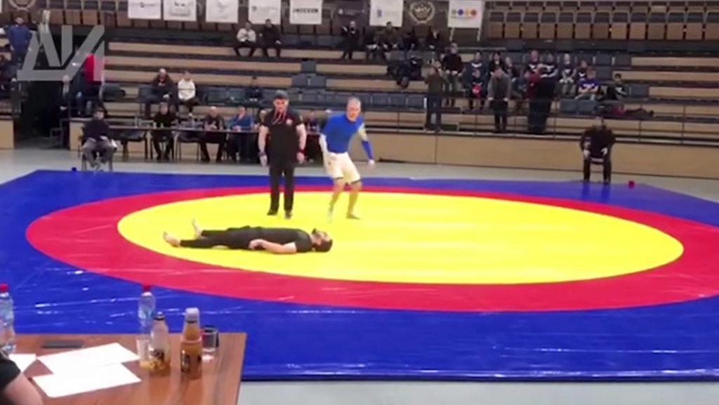 Luchador sufre escalofriante fractura de cuello en pleno torneo