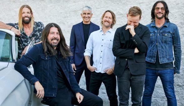 Foo Fighters Bee Gees