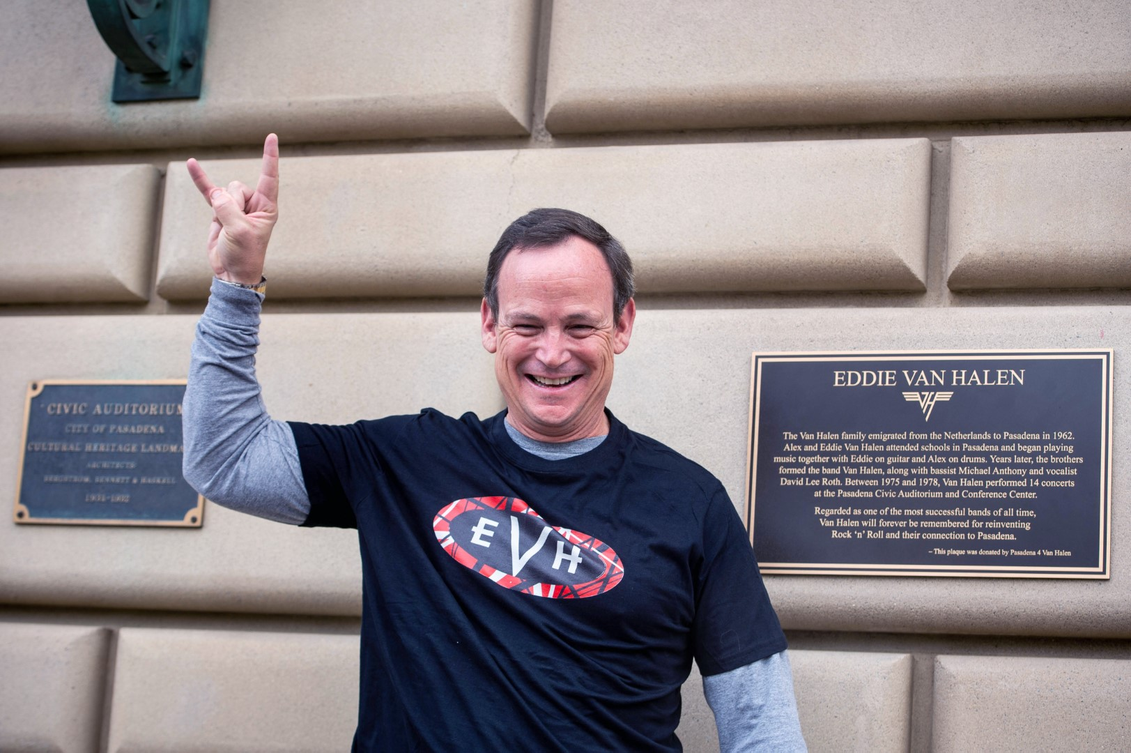 Guitarist Eddie Van Halen Memorialized In Pasadena